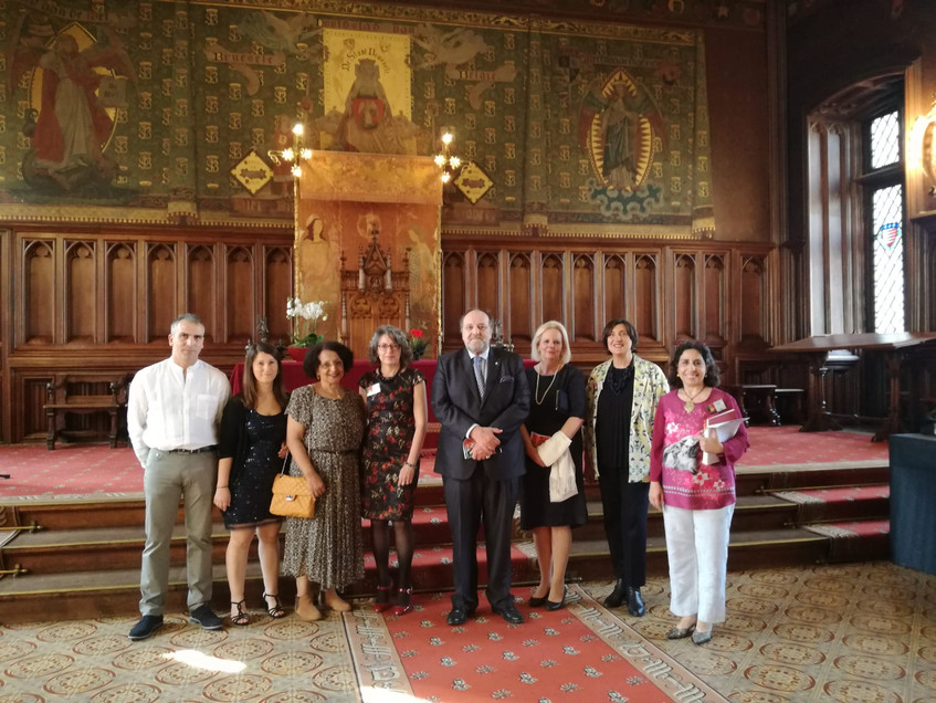 Monsieur et Madame de ter Beerts en compagnie des membres et volontaires de la FAPB