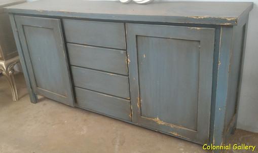 Mueble colonial pintado aparador gris 4cj.jpg