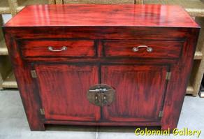 Mueble colonial oriental pintado aparador rojo envejecido.jpg