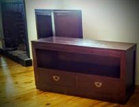 Mueble TV Colonial con Ruedas
