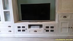 Mueble Tv Colonial rustic Blaco