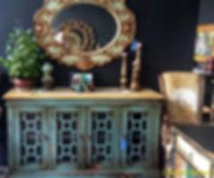 Mueble colonial Vintage Pintado aparador