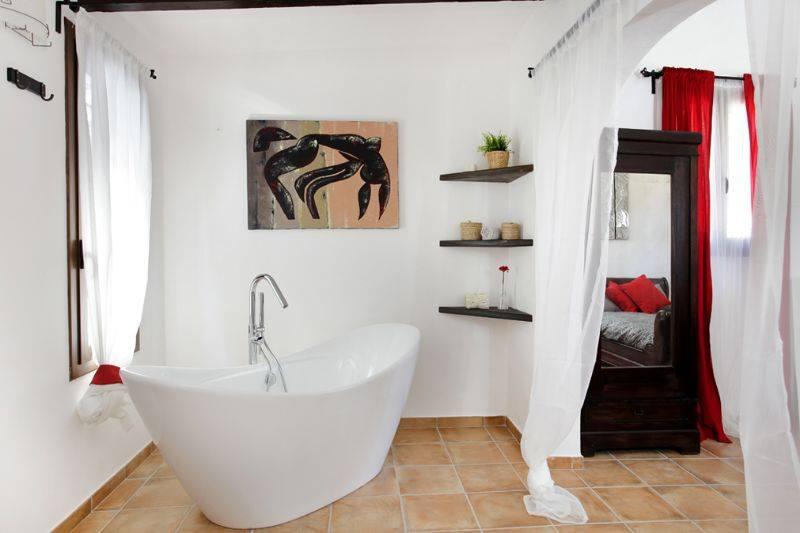 Cuadro y armario baño