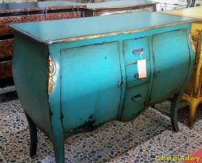 Mueble colonial vintage pintado aparador azulado.jpg