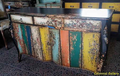 Mueble colonial vintage pintado aparador multicolor.jpg