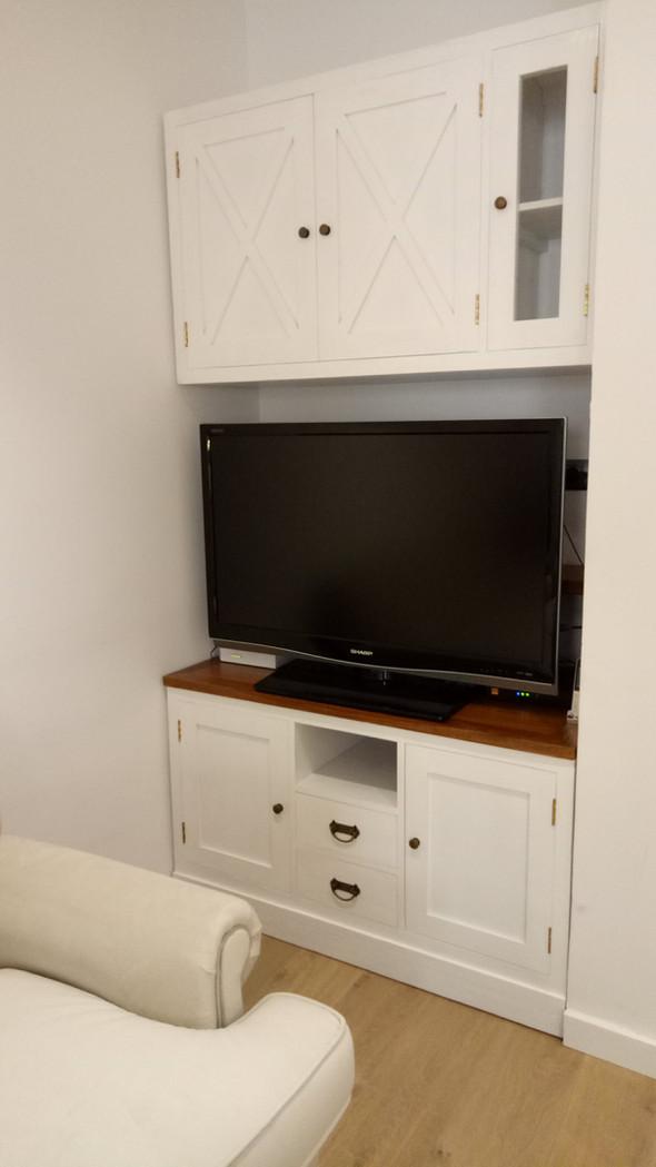 Conjunto Mueble TV Colonial Blanco.j