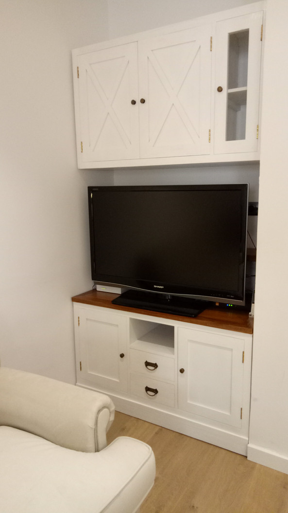 Conjunto Mueble TV Colonial Blanco.j
