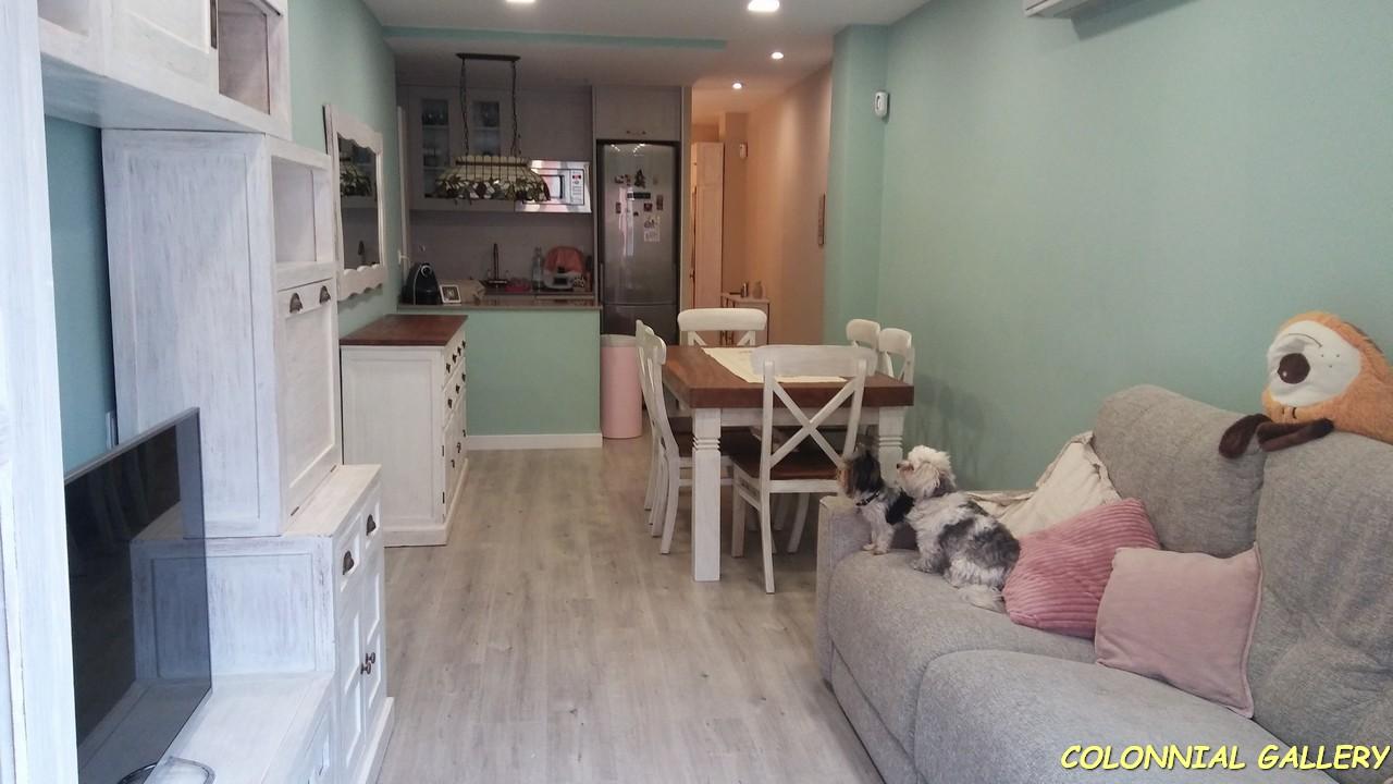 Salon comedor mueble rustic pintado blanco