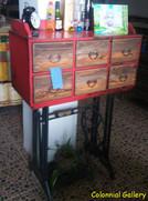 Mueble colonial reciclado cajonera pintada.jpg