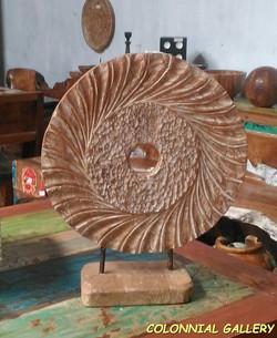 Peana Circular Tallada