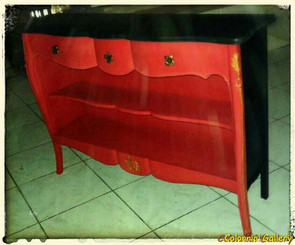 Mueble colonial vintage pintado consola negro rojo.jpg