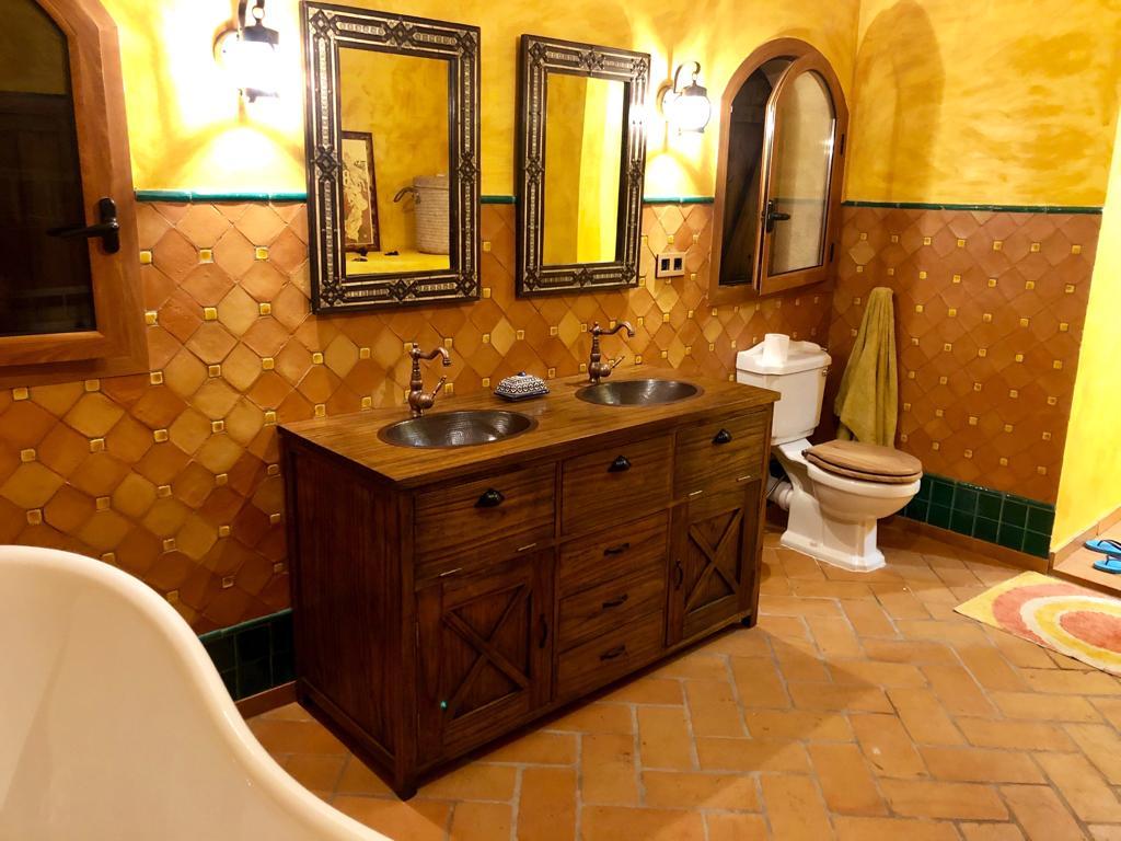 Baño Colonial Rustico