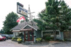 Hilltop Diner Cafe Exterior