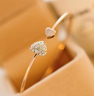 Bracelet forme coeur