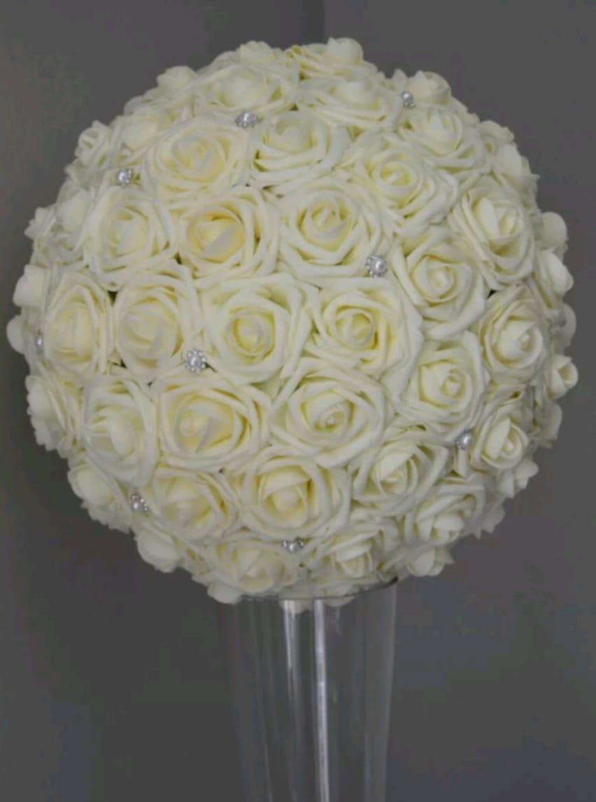 Ivory_rose_ball