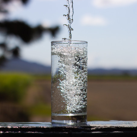10 Hacks for Drinking More Water
