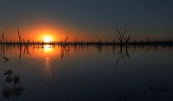 Yenyenning_Lake