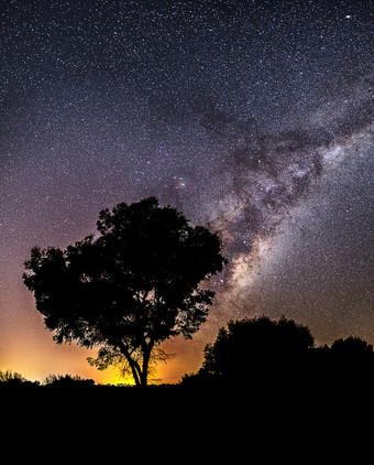 Greenlands Milky Way Silhouette
