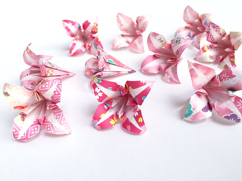 Origami Lily ::: 12 pieces