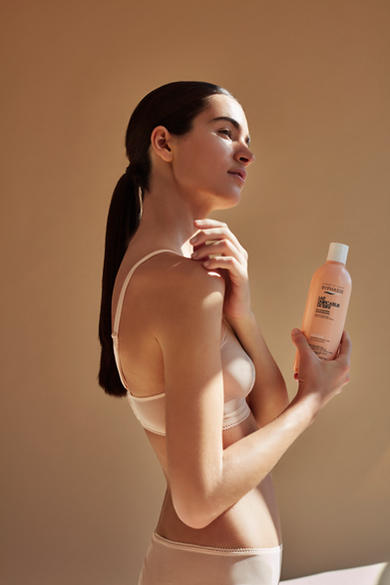 Brand: Byphasse Campaign: Brightening milk whitening effect