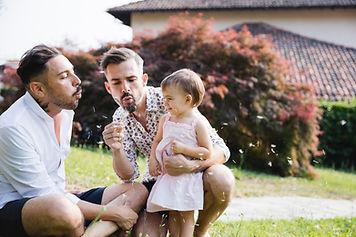 Casal gay com a filha