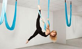 Le-fly-yoga.jpg