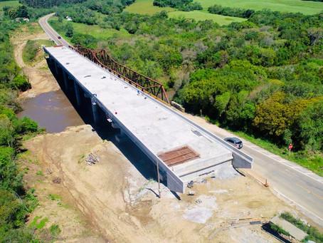 Vitão critica bloqueio da ponte e diz que obras serão concluídas até fevereiro