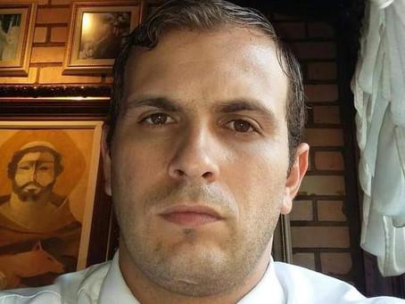 """""""É um pai de família que poderia ter morrido sozinho"""", diz esposa de William Almeida"""