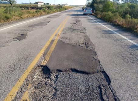 ERS -702 tem 88 buracos no asfalto, o que oferece risco para quem trafega