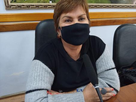 Lúcia registra projeto que obriga a distribuição de absorventes íntimos para mulheres