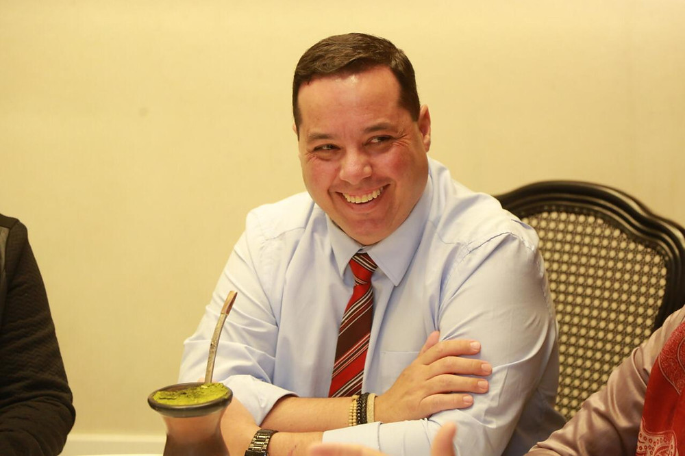 Diego Espíndola se despediu dos funcionários da pasta nesta segunda-feira (08)