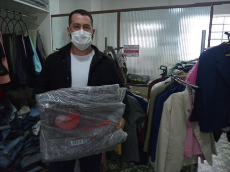 Assistência Social recebe a doação de 300 cobertores e 400 cestas básicas