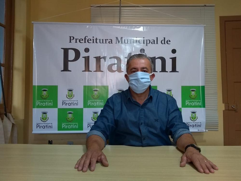 Prefeito disse que empresários serão responsáveis por exigir o uso da máscara