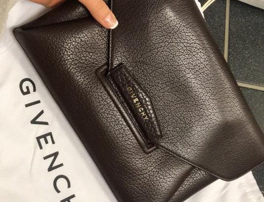 Givenchy, Pochette Antigona