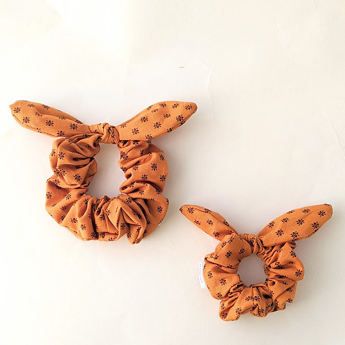 Fall Leaves Bow Scrunchies - High Tails YYC