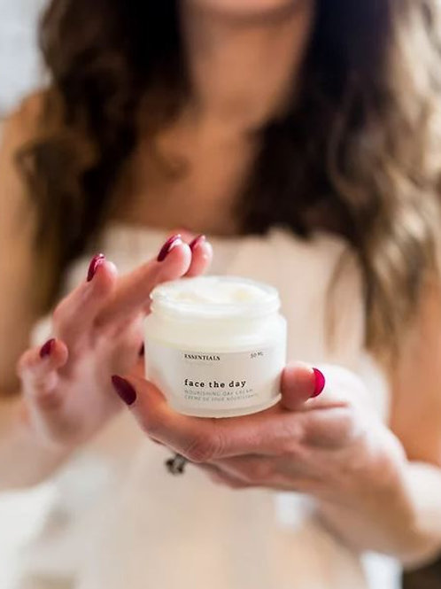 Face The Day Cream  - Essentials by Nature