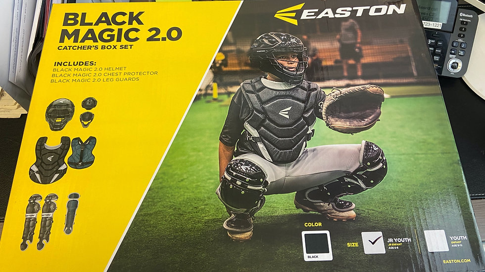 EASTON BLACK MAGIC 2.0 CATCHING GEAR
