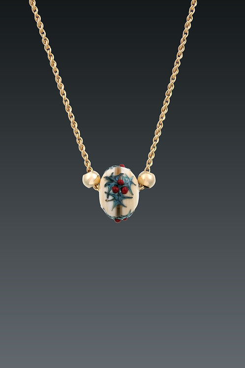 Holly Necklace