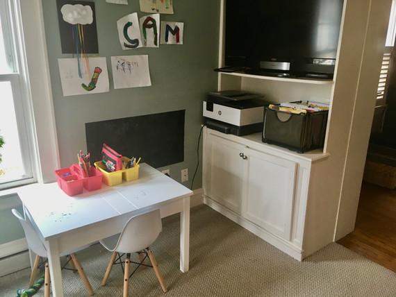 Kids Craft Area After Organization