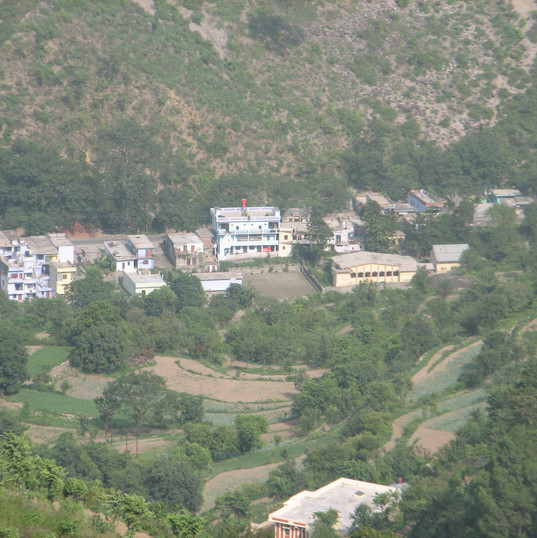Village Garampani below.