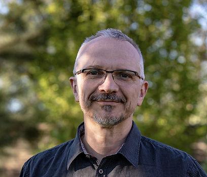 Ivan Pavlíček - terapeut, kouč, mediátor, online marketér