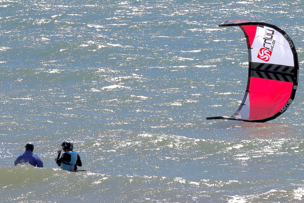 Learning to kitesurf Sussex near London