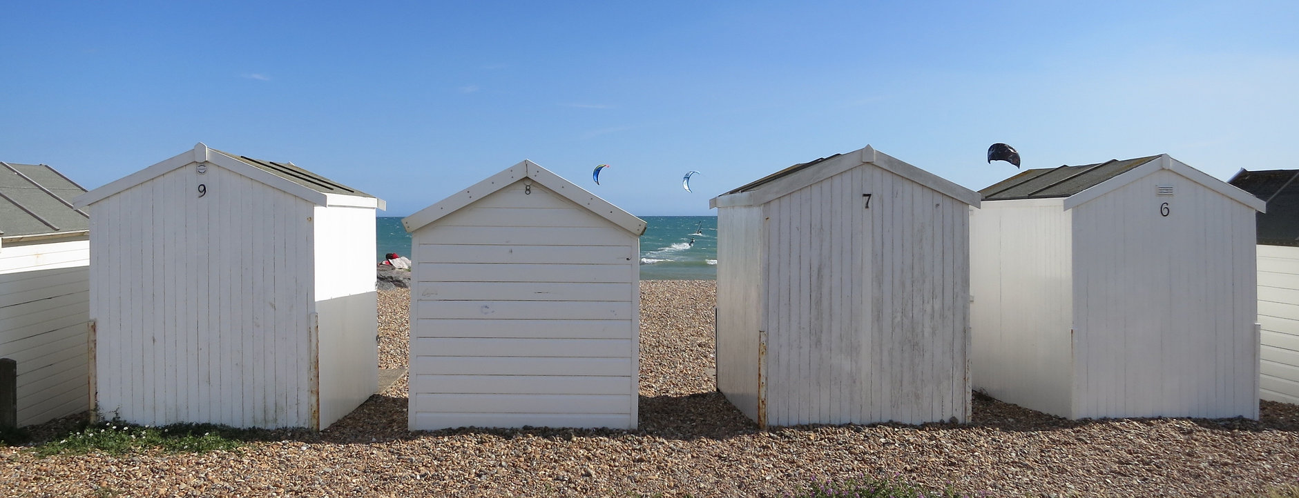 Lancing Kitesurf School Contact Kite Lessons Beach Huts at Goring
