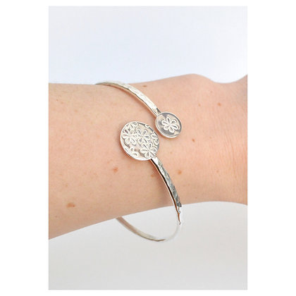 Adjustable Daisy Bangle