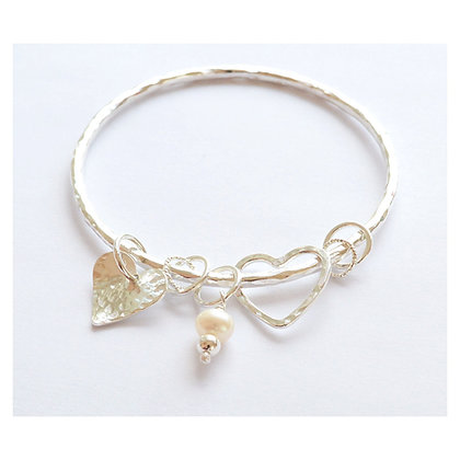 Hearts and Pearl Charm Bangle