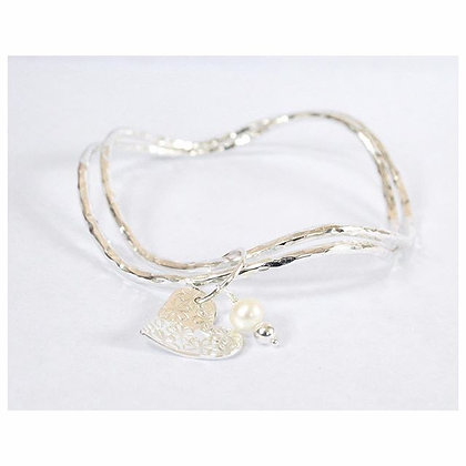 Double Wave Bangle with Daisy Heart and Pearl