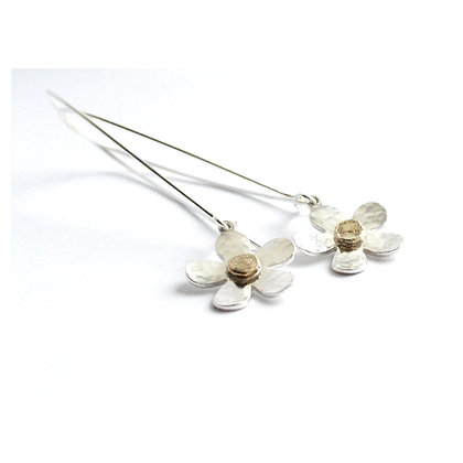 9ct Gold centred Flowers