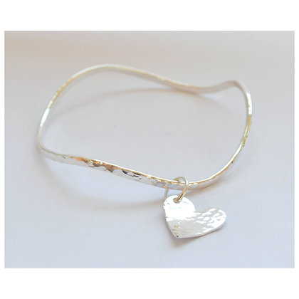 Wave Bangle with Beaten Heart