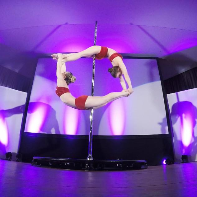 Duo Pole-Dance