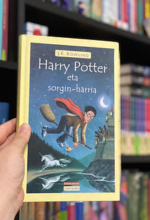 Basque Translation of Potter and the Philosopher's Stone